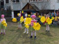 Танец желтых адонисов